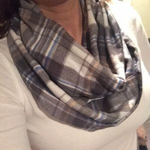 Accessories - Super soft plaid scarf